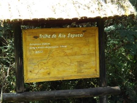 Opção de trilha no Horto Florestal